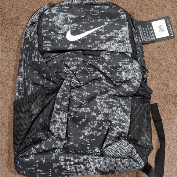 New with tag Nike back pack